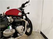 Red And White 2018 Triumph Bonneville Bobber Oshko