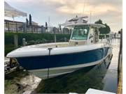 Boston Whaler view 7