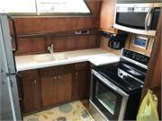53 Hatteras 1975-Galley