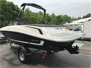 13585 2019 Bayliner VR5 1 profile 4