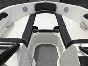13585 2019 Bayliner VR5 cockpit bow 2