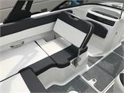 13585 2019 Bayliner VR5 cockpit port seat reversed