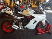 2017 Ducati SuperSport S White (1)