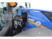 2017 New Holland T5.120 Tractor 27765 (8)