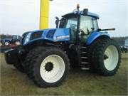 NH T8.360 Tractor 2