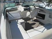 2013 Sea Ray 240 Sundeck (12)