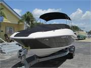 2013 Sea Ray 240 Sundeck (2)