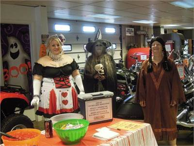 Schiets Motors 2012 Trick-Or-Treat