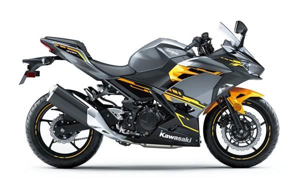 2018 Kawasaki Ninja 400 Abs Pearl Solar Yellowstorm Gray