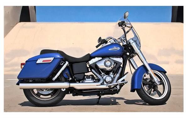 2015 Harley-Davidson® FLD Switchback™ - Color Option
