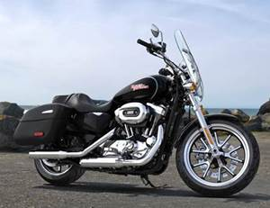 Sportster Superlow 1200 Custom Model