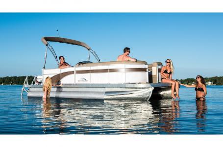 For Sale: 2017 Bennington 22 Slx 23ft<br/>Hutchinson's Boat Works