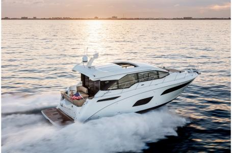 For Sale: 2018 Sea Ray Sundancer 460 46ft<br/>M & P Yacht Centre At Coal Harbour