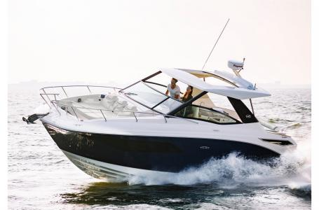 For Sale: 2018 Sea Ray Sundancer 320 32ft<br/>M & P Yacht Centre At Coal Harbour