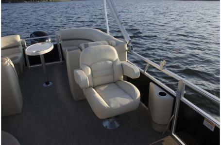 2018 SunChaser boat for sale, model of the boat is Geneva Cruise 20 LR DH & Image # 9 of 11