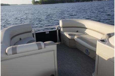 2018 SunChaser boat for sale, model of the boat is Geneva Cruise 20 LR DH & Image # 10 of 11