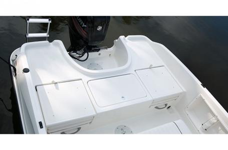 2018 Bayliner boat for sale, model of the boat is Element F18 & Image # 3 of 3