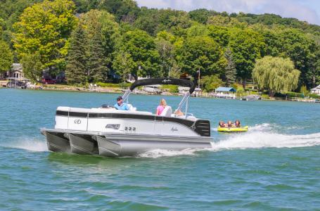 For Sale: 2018 Avalon 25 Catalina Quad Lounger 25ft<br/>Dockside Marine Centre, LTD.