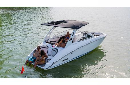 2019 Yamaha boat for sale, model of the boat is 242 Limited S E-Series & Image # 3 of 9