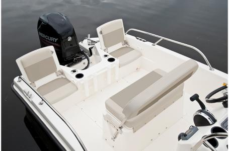 2019 Boston Whaler boat for sale, model of the boat is 170 Dauntless & Image # 6 of 7