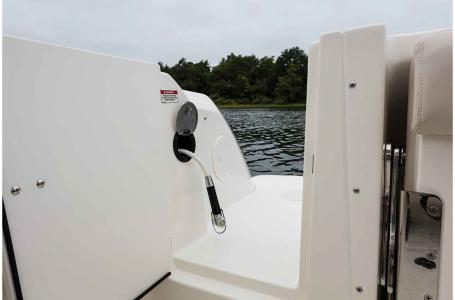 2019 Boston Whaler boat for sale, model of the boat is 230 Vantage & Image # 5 of 7