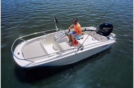 2019 Boston Whaler boat for sale, model of the boat is 130 Super Sport 2019 & Image # 2 of 6