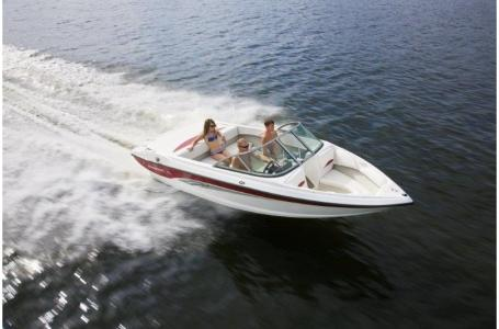 2019 Rinker boat for sale, model of the boat is 18QX BR / Stern Drive Model & Image # 3 of 7