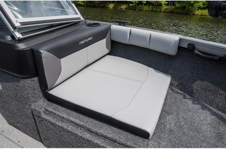 2019 Crestliner boat for sale, model of the boat is 1750 Super Hawk & Image # 3 of 8