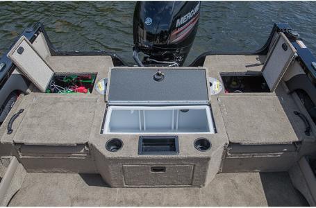 2019 Crestliner boat for sale, model of the boat is 1750 Super Hawk & Image # 4 of 8