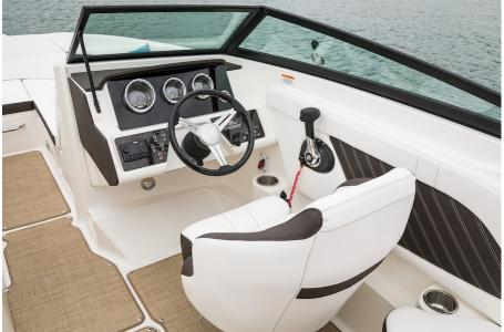 2019 Sea Ray boat for sale, model of the boat is SPX 230 & Image # 2 of 9
