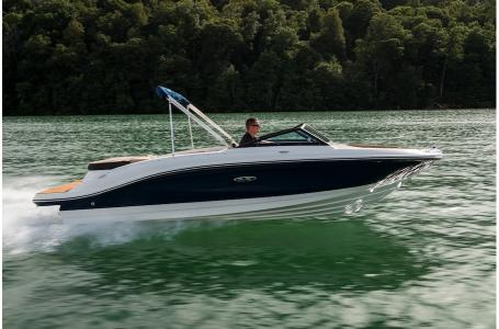2019 Sea Ray boat for sale, model of the boat is SPX 210 & Image # 8 of 9