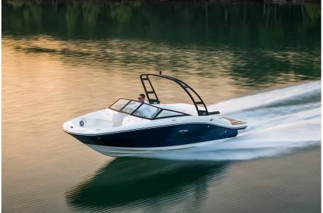2019 Sea Ray boat for sale, model of the boat is SPX 190 & Image # 7 of 14