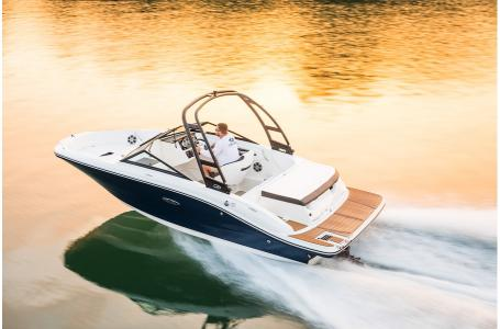 2019 Sea Ray boat for sale, model of the boat is SPX 190 & Image # 1 of 10