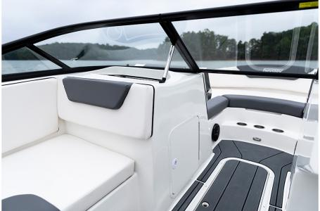 2019 Heyday boat for sale, model of the boat is WT-2DC & Image # 3 of 4