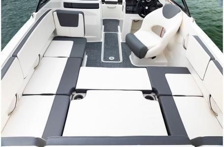 2019 Bayliner boat for sale, model of the boat is VR4 Bowrider & Image # 20 of 21