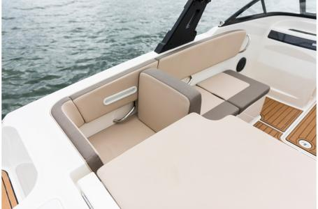 2019 Bayliner boat for sale, model of the boat is VR4 Bowrider & Image # 14 of 21