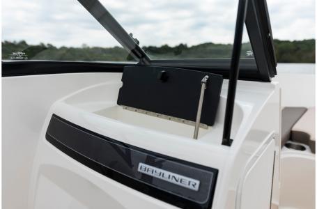 2019 Bayliner boat for sale, model of the boat is VR4 Bowrider & Image # 10 of 21
