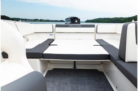 2019 Bayliner boat for sale, model of the boat is VR4 Bowrider Outboard & Image # 16 of 19