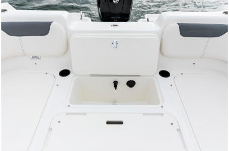 2019 Bayliner boat for sale, model of the boat is 210 Element & Image # 4 of 7