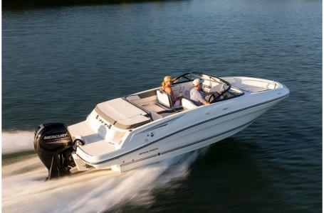 2019 Bayliner boat for sale, model of the boat is VR5 Bowrider OB & Image # 1 of 17