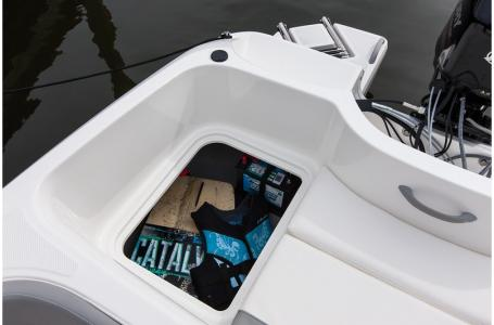 2019 Bayliner boat for sale, model of the boat is 160 Element & Image # 4 of 7