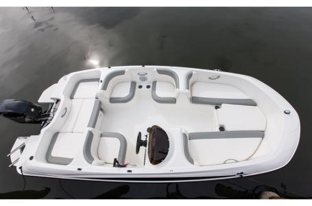 2019 Bayliner boat for sale, model of the boat is 160 Element & Image # 3 of 7