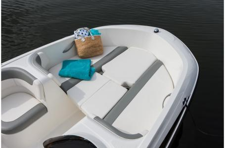 2019 Bayliner boat for sale, model of the boat is 160 Element & Image # 2 of 7