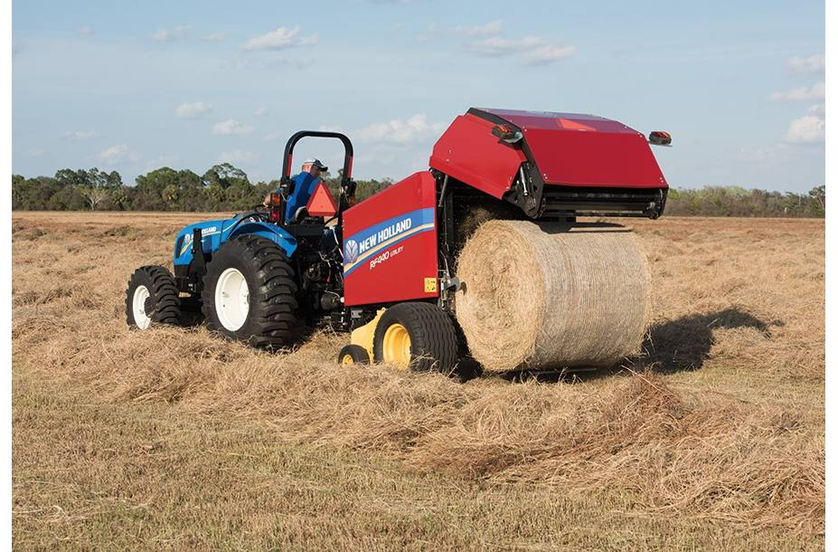 2019 New Holland Agriculture RF Fixed Chamber Round Baler