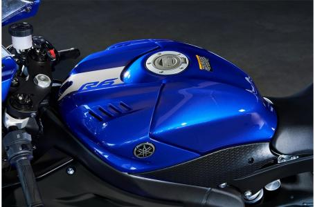 2020 Yamaha YZF-R6 10