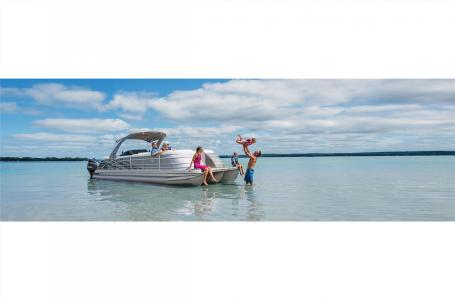 2020 Bennington boat for sale, model of the boat is 25 QSB & Image # 16 of 18