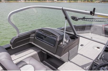 2020 Crestliner boat for sale, model of the boat is 1850 Fish Hawk Walk-through JS & Image # 21 of 28