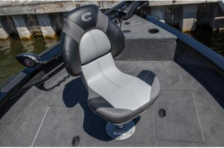 2020 Crestliner boat for sale, model of the boat is 1750 Fish Hawk Walk-through & Image # 11 of 25