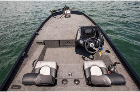 2020 Crestliner boat for sale, model of the boat is XF 189 & Image # 16 of 25