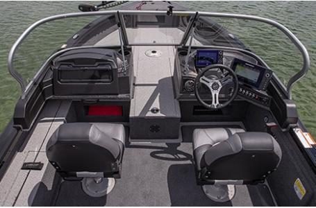 2020 Crestliner boat for sale, model of the boat is 1850 Fish Hawk Walk-through JS & Image # 11 of 28